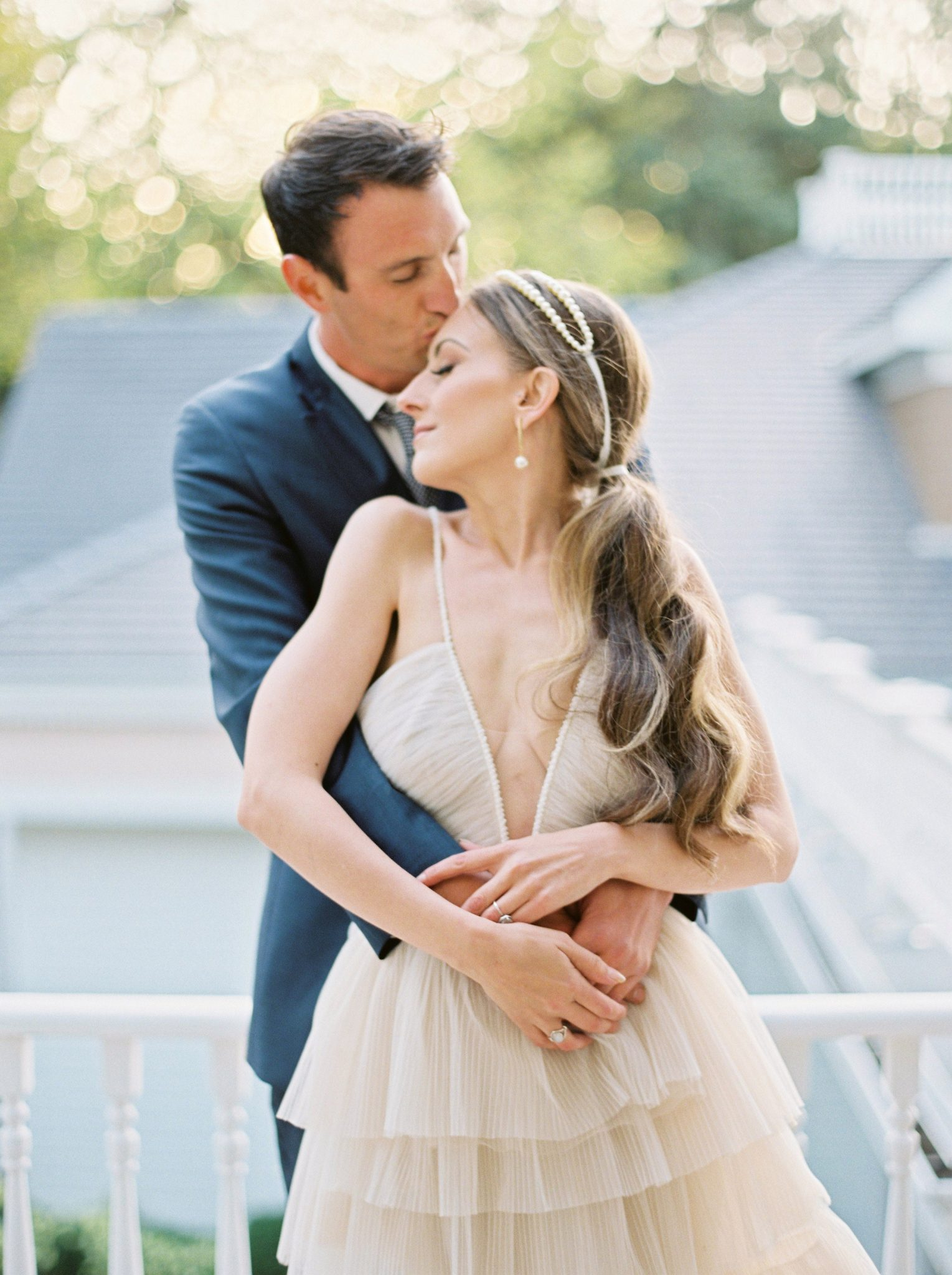 couple pose taken at Bronte Bride's True-to-Hue Workshop